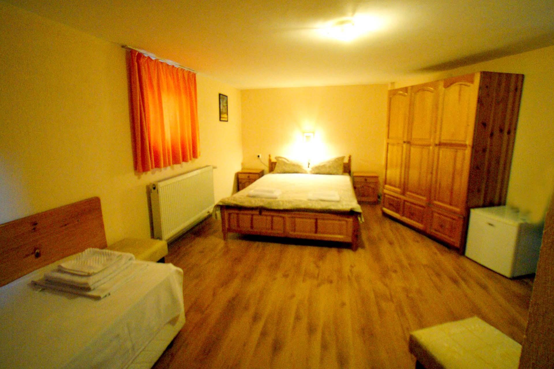 Двойна стая партер(1)
