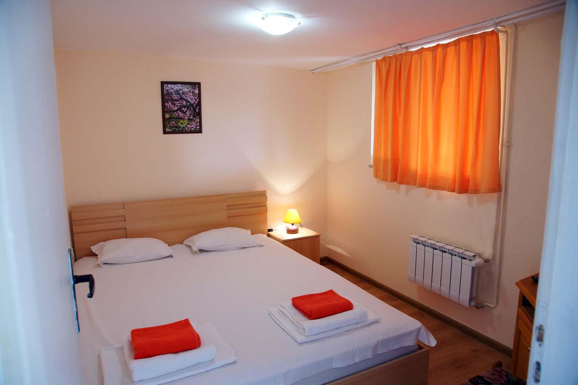 Двойна стая партер(2)