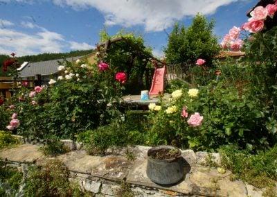 """Къща за гости """"Брезата"""" градина 5"""