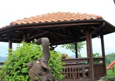 Natural wood sculpture